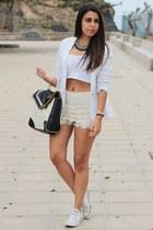 black OASAP necklace - white pull&bear blazer - black Primark bag