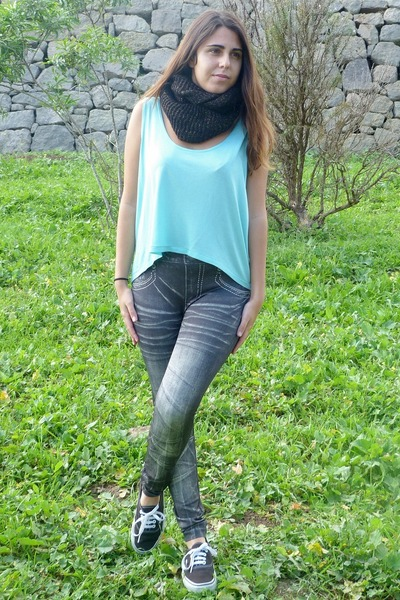 black Ardene scarf - heather gray el corte ingles leggings