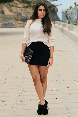 light pink Zara sweater - black Bershka bag - black Shana skirt