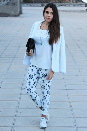 white Bershka leggings - white pull&bear blazer - black H&M bag