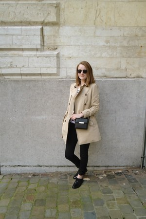 beige trench pull&bear coat - black lace up oxfords Sacha shoes