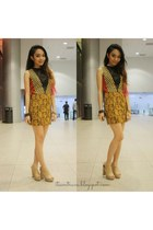 mustard self-made dress - gold jewelry SNM accessories - nude caged Celine heels