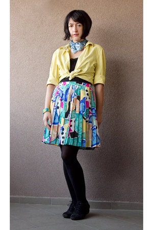 aquamarine Canda skirt - light yellow thrifted Promod shirt