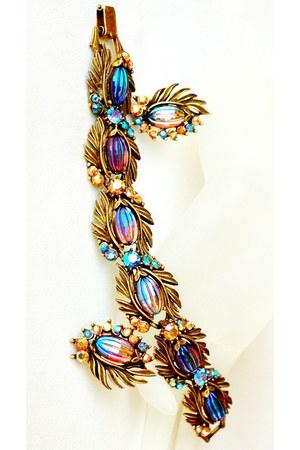 Vintage Florenza bracelet & earrings
