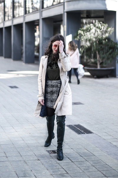 beige trench Zara coat - forest green Uterque boots - gray wrap H&M skirt
