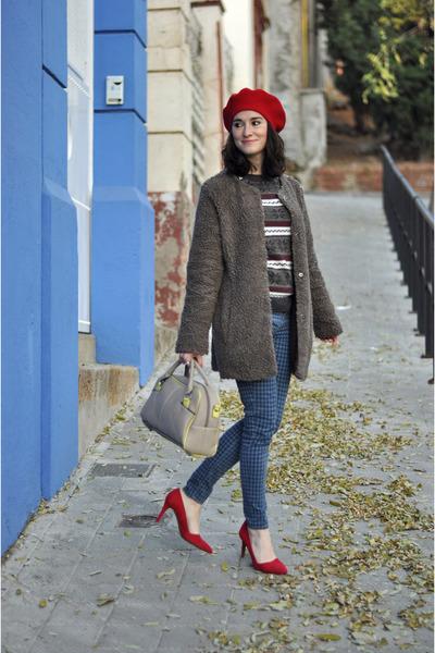 blue houndstooth Zara jeans - red velvet JustFab shoes