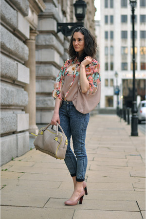 beige pieces bag - blue Zara jeans - peach Mina UK shirt