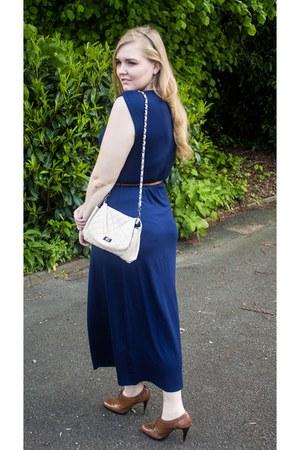 Oasis dress - Mango bag - BCBG heels