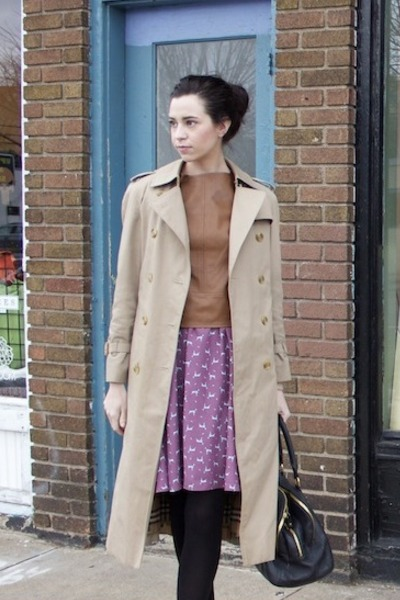 amethyst Target skirt - beige Burberry coat