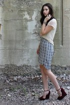 sky blue plaid Hackwith Design House skirt - off white Urban Outfitters top