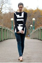 teal printed Target jeans - black Target sweater - silver H&M bag