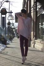 light pink H&M top - maroon skinny ankle BDG jeans - silver Steve Madden heels