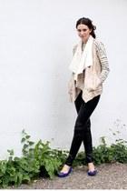 off white Zara vest - ivory Gap sweater - black faux leather H&M pants