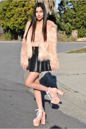 light pink faux fur makemechic coat - bubble gum pink hellbounds UNIF shoes