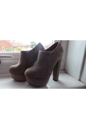 beige ankle boots belle women heels