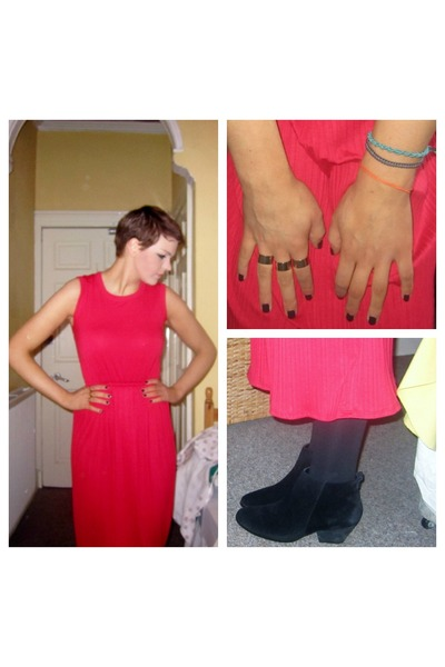 gold asos ring - black ankle boots Topshop boots - red new look dress