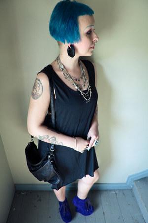 charcoal gray GINA TRICOT dress - black MyBag bag