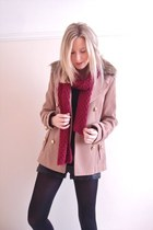 camel faux fur collar Primark coat - ruby red red Accessorize scarf
