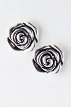Expressmma-stine-earrings