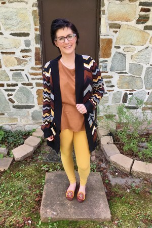 camel Primark top - mustard LuLaRoe leggings - gold Hunt & Orchard necklace