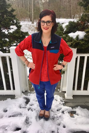 navy Patagonia vest - red Old Navy top - navy Warby Parker glasses