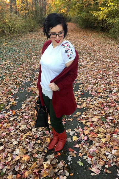red vintage boots - white second hand top - white Anthropologie top