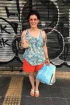 carrot orange Anthropologie shorts - sky blue Hunt & Orchard necklace