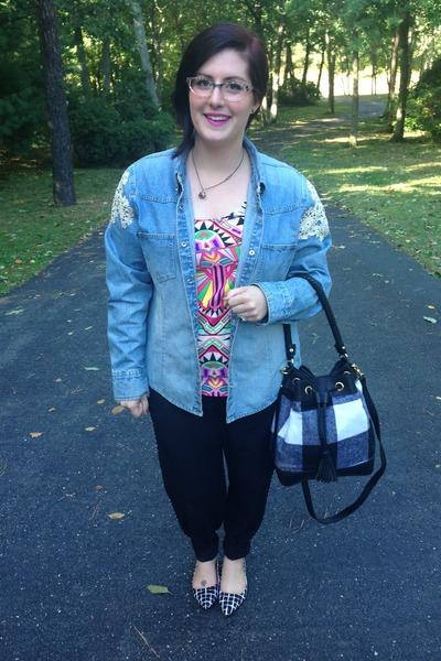gold KT Ferris Creations necklace - sky blue American Butt jacket