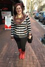 Red-vintage-boots-black-desigual-sweater-black-walmart-leggings