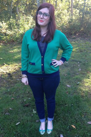 green vintage top - navy abercrombie and fitch jeans