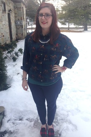 navy spike the punch necklace - teal banana republic top