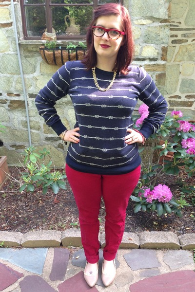 navy Old Navy sweater - ruby red Loft jeans - gold baublebar necklace