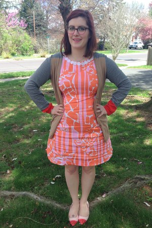 coral Lilly Pultizer  Target dress - silver kate spade necklace