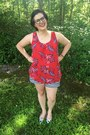 White-old-navy-shorts-red-walmart-top-gold-gift-from-my-nonna-necklace