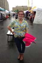 sky blue vintage blouse - navy Levis jeans - hot pink north face bag