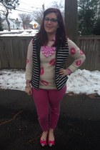 hot pink Gap jeans - off white Forever 21 sweater