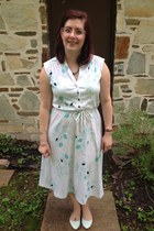 teal gift from former student necklace - white Rehabbed Handmade Vintage dress