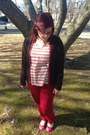 Red-loft-jeans-brown-second-hand-cardigan-bubble-gum-chicos-top