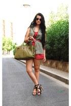 Zara vest - BLANCO bag - Ray Ban sunglasses - Ebay bracelet - BLANCO heels