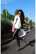 Primark sandals - Stradivarius leggings - Primark bag - Mango sunglasses