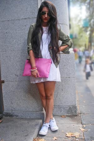 Primark sneakers - suiteblanco shirt - Primark bag