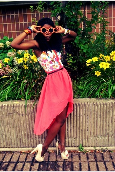 hot pink skirt - carrot orange retro vintage sunglasses - eggshell heels - top