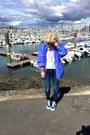 Navy-mango-jeans-blue-k-way-vest-silver-zara-t-shirt-blue-andré-sneakers