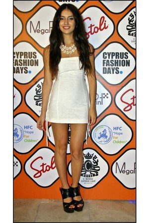 white By Natalia dress - black Topshop heels - eggshell H&M necklace