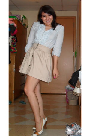 blue Gap blouse - beige unkown skirt - white gianni bini shoes
