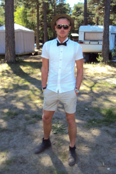 Men's Brown Acne Boots, Brown Zara Hats, White Selfmade Shirts ...