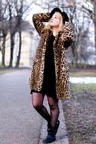 bronze leopard print Zara coat