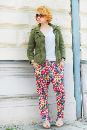 floral harem Zara pants - olive green parka Zara jacket