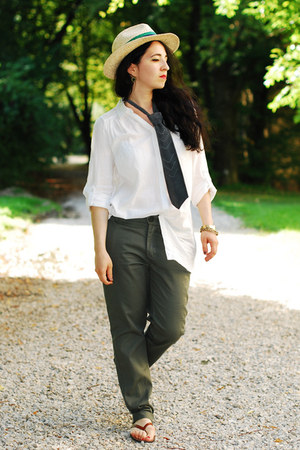 military New Yorker pants - Zara hat - H&amp;M blouse