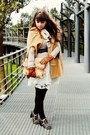 White-roses-lace-thecoloris-dress-camel-cape-romwe-coat